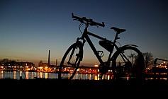 Rad am Britzer Hafen