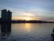 Sonnenuntergang am Osthafen